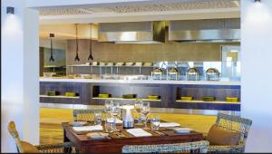 Sheraton_Tokoriki_Fiji_Show_Kitchen_Hospitality_Design